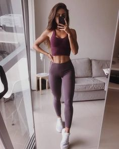 Mode High Waist Women's Yoga Leggings Purple & White Black - Fitness Outfits - # d… Article Body: Ha Yoga Outfits, Fitness Outfits, Fitness Fashion, Sport Outfits, Gym Fashion, Cute Workout Outfits, Fashion Spring, Workout Attire, Cute Legging Outfits
