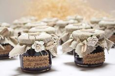 Eco friendly favors that are . Useful and cheap favors for jam jars - Food Wedding Favors, Inexpensive Wedding Favors, Cheap Favors, Garden Party Wedding, Green Wedding, Pretty Packaging, Rustic Wedding, Jar, Homemade