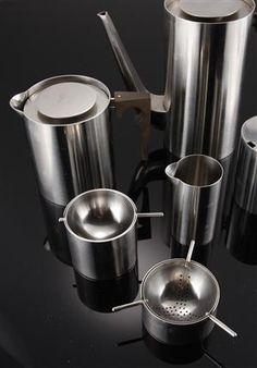 Arne Jacobsen. Stelton / Cylinda Line