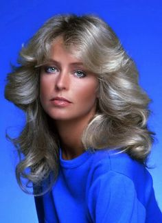 Farrah Fawcett on Charlie's Angels - Farrah Fawcett, Sophie Marceau, Actrices Hollywood, Female Actresses, Actors & Actresses, Vintage Hairstyles, 1970s Hairstyles, Celebs, Celebrities