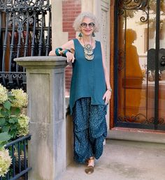 A blue green outfit ensemble | Photo shared by Dayle | For more style inspiration visit 40plusstyle.com