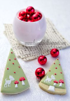 cute frosting idea....Christmas Tree Cookies...by Haniela