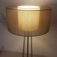 Design lampe GIORNO avec double abat jour en abaca Bisson Bruneel.