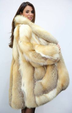 Nadire Atas on Luxury Fur Coats Golden Island Fox Long Fur Coat, Fur Coats, Fur Coat Fashion, Stunning Brunette, Red Fur, Fox Fur Jacket, Fur Bomber, Fur Clothing, Great Women