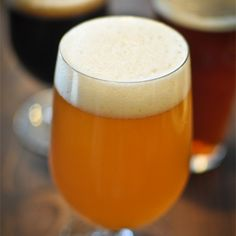 The American Homebrewers Association is a not-for-profit organization dedicated to empowering homebrewers to make the best beer in the world. Brewing Recipes, Homebrew Recipes, Beer Recipes, Bangers Recipe, Ipa Recipe, Craft Beer Brands, Make Beer At Home, More Beer, Home Brewing Beer