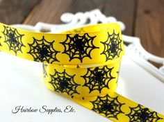 Spiders on Yellow Grosgrain Ribbon 7/8 inch - Hairbow Supplies, Etc. - Your One Stop Shop for Hair Bow Supplies!