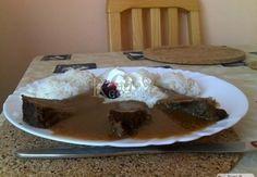 Kančí kýta na víně v šípkové omáčce Pudding, Meat, Desserts, Food, Tailgate Desserts, Deserts, Custard Pudding, Essen, Puddings