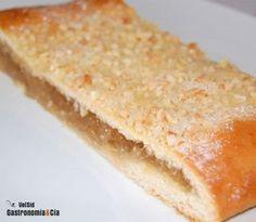 Receta de Coca de San Juan con cabello de ángel Sweet Recipes, Cake Recipes, Venezuelan Food, Pan Dulce, Food N, Cookie Desserts, Deli, Vanilla Cake, Cupcake Cakes