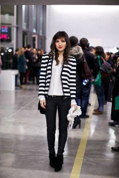 Monochrome striped blazer, white shirt and all black | Le Blog de Betty