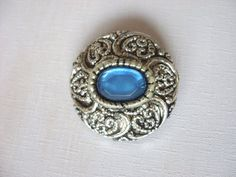 Vintage Victorian broochBlue stone by NGvintagelove on Etsy, €8.00