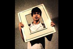 """TITULO : """" Realidade"""" DESCRIÇÃO : """"Por meio deste retrato eu quis me representar de forma criativa, simples e objetiva. Ressaltando assim a minha presença e a realidade, de modo que possa ser facilmente identificada e compreendida por todos. """" Aluno: Gabriel Góes da Silva Morgado Baierle Turma : 1001"""