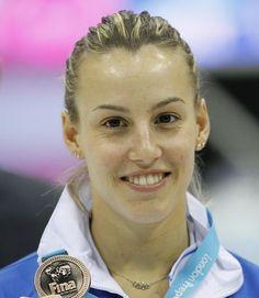Prima donna italiana ad aver conquistato una medaglia mondiale nei tuffi, #TaniaCagnotto, è pronta per la sfida di Londra 2012. E poi? Una famiglia tutta sua !  #London2012 #OlympicGames #Olimpiadi #Londra #Londra2012