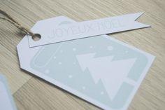 Etiquette à imprimer gratuit  cadeau de Noël  Joyeux Noël !  blog thebrindenextdoor.fr