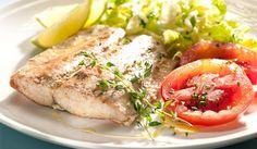 Mmmm.. ¡Delicioso!  Hoy toca que papá nos cocine.. Pescado a la Plancha con limón y orégano para el almuerzo de hoy..