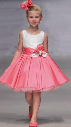vestido cerimonia curto.