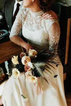 Hidden away in the mountains, Scribner's Catskill Lodge is the perfect hidden setting for a magical and inspirational wedding by Eileen Meny Photography. Bridal Wedding Dresses, Wedding Dress Styles, Wedding Bridesmaids, Chic Wedding, Bridal Style, Fall Wedding, Autumn Weddings, Temple Wedding, Bridal Bouquets