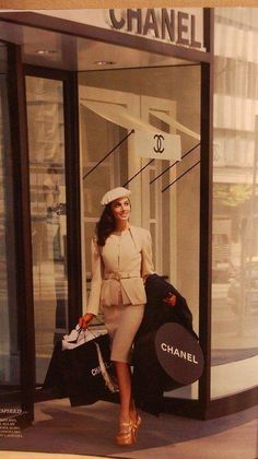 So it says Chanel, could easily say Becky...Love the look, the boxes, the color....