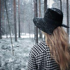 Tiia Maria black fedora hat
