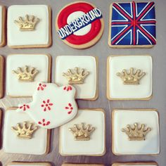 British themed piped biscuits from The Birdcage, Stellenbosch Cupcake Cookies, Cupcakes, Bird Cage, Biscuits, British, Sugar, Desserts, Food, Crack Crackers