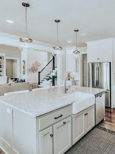 Home Decor Kitchen, Interior Design Kitchen, Kitchen Designs, Home Kitchens, Kitchen Ideas, Kitchen Trends, Living Room Kitchen, Kitchen Inspiration, Dining Room