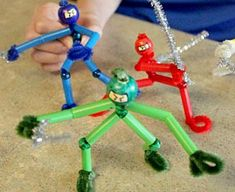 Easy craft projects for boy scout camps and for boys to make and sell. Simple, fun and easy crafts that boys will enjoy. Craft projects especially for boys to make.