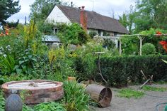 english-country-cottage-gardens-n0amk2tx.jpg (1024×680)