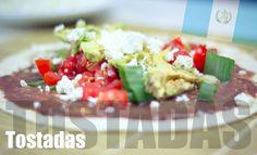 Ein schnell zubereitetes Rezept aus Guatemala: Tostadas http://travelandlipsticks.de/index.php/de/kulinarische-weltreise/274-tostados #rezept