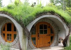 There is a hobbit home where you can stay in Quebec! - Entre Cîmes et Racines (Eastern Townships)