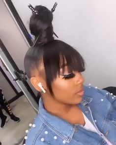 High bun and bangs 😍⠀ Can't believe this is so perfect style ❤️⠀ Tag your friend who can slay this – bun hairstyles Hair Ponytail Styles, Black Girl Braided Hairstyles, Sleek Ponytail, Baddie Hairstyles, My Hairstyle, Headband Hairstyles, Weave Hairstyles, Prom Hairstyles, Long Ponytail Hairstyles