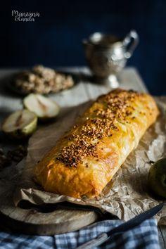 Strudel de pera, almendras y nueces. Receta muy fácil A Food, Food And Drink, Pear, Appetizers, Sweets, Baking, Desserts, Queso, Apple Strudel