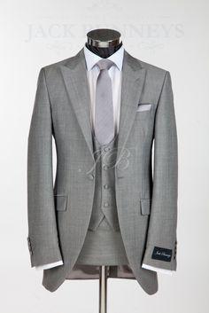 Light Gray Tailcoat Peaked Lapel One Custume Made Men Suits Elegant Popular Slim Terno Wedding Tux, Wedding Attire, Wedding Ideas, Budget Wedding, Groom And Groomsmen Attire, Groom Wear, Look Formal, Black Tux, Sharp Dressed Man