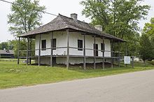 American colonial architecture - Bequette–Ribault House in Ste. Geneviève, Missouri, built 1778, French colonial.