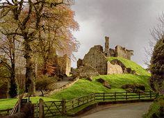 Okehampton Castle, Devon. | Flickr - Photo Sharing!