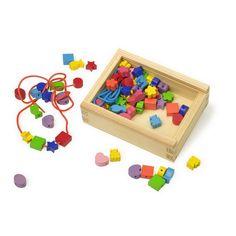 """Mit der kleinen Holzbox """"Fädelkreativ"""" kann man sich seine Ketten selbst basteln."""