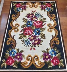 Bed Quilt Patterns, Cross Stitch Rose, Bargello, Quilt Bedding, Cross Stitch Patterns, Projects To Try, Design, Home Decor, Cross Stitch Kitchen