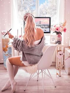 Back to office, back to reality!🤓💻☕️ I just finished editing 10 photos from this weekend, yay! Look Fashion, Trendy Fashion, Fashion Design, Cartoon Girl Images, Glamour, Girly Pictures, Playsuit Romper, Girls Life, Girls Image