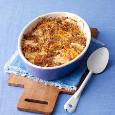 Squash Gratin http://www.prevention.com/eatclean/meatless-meals-with-6-ingredients-or-less/slide/7