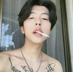 Read kim Hyun Woo from the story Ulzzangs ✿ by soxxju (☁) with reads. Korean Boys Ulzzang, Ulzzang Boy, Korean Men, Cute Asian Guys, Asian Boys, South Korean Girls, Cute White Boys, Cute Boys, I Hate Boys