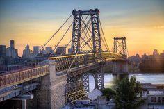 Puesta de sol en el puente Williamsburg. Brooklyn, Nueva York.    #ingeniería