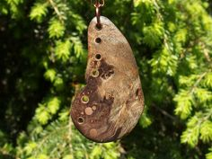 Butterfly Wing Pendant Handcrafted from Wood and von ArtisticBoxes