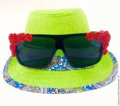 Солнцезащитные очки. Цветочки сделаны из полимерной глины. Модный тренд весна-лето 2015.
