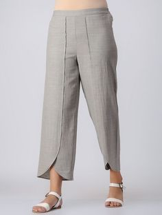 Grey elasticated waist cotton slub pants button trousers outfit ideas for women. Salwar Pants, Plazzo Pants, Trouser Outfits, Trouser Pants, Adidas Pants, Ankle Pants, Salwar Designs, Blouse Designs, Kurta Neck Design