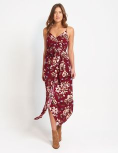 Shop the latest midi and maxi dresses for women online now. From long sleeve dresses to summer dresses & more. Floral Dress Outfits, Floral Maxi Dress, Maxi Dresses, Summer Dresses, Formal Dresses, Burgundy, Stylish, My Style, Sewing Ideas
