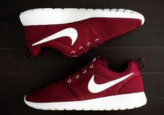 """Nike Roshe Run """"Team Red"""""""