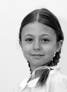 Bård daughter Sofie. She's cute! :) Sofie var med i Dyrene i Hakkebakkeskogen i 2010.