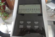Mit LCD Monitor und ganz vielen verschiedenen Programmen, z.B auch ein Fatburner Programm