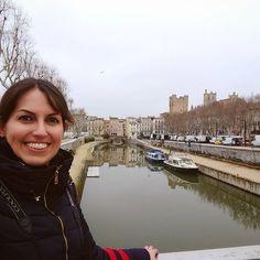 Éste es uno de los lugares que más me gustó de Narbona, el Canal de la Robine con el Puente edificado de los Mercaderes y las torres del Palacio de los Arzobispos al fondo. ¿Conocéis esta ciudad? ¿No? ➡️Pues id a viajeseideas.com a leer mi nuevo post ⬅️  .  #narbona #narbonne #canaldelarobine #francia #france #rio #fleuve #river #escapada #trip #traveler #travelingtheworld #travelblogger #felizlunes #cyltb #bcntb #iamtb #surdefrancia #photoftheday