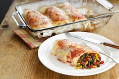 Recette de Burritos mexicains | Cuisine | Canal Vie Allrecipes, Lasagna, Sandwiches, Food And Drink, Mexican, Healthy Recipes, Chicken, Meat, Ethnic Recipes
