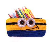 Örgü Kalemlik Yapımı - Crochet Minion Pencil Case