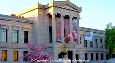 free admision on memorial day    10 -3 Boston's Museum of Fine Arts - Fenway Entrance